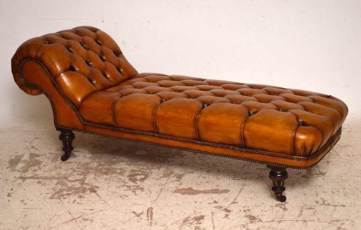 Antique Victorian Deep Buttoned Leather Day Bed / Chaise