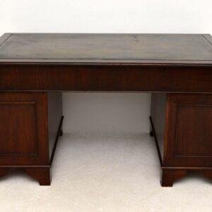 Antique Georgian Style Dark Mahogany Leather Top Pedestal Desk