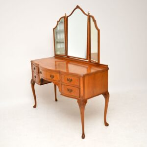 Antique Queen Anne Style Burr Walnut Dressing Table