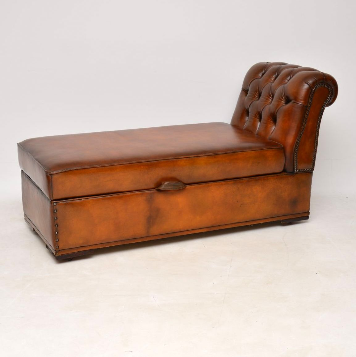 Antique Victorian Leather Chaise Lounge Ottoman