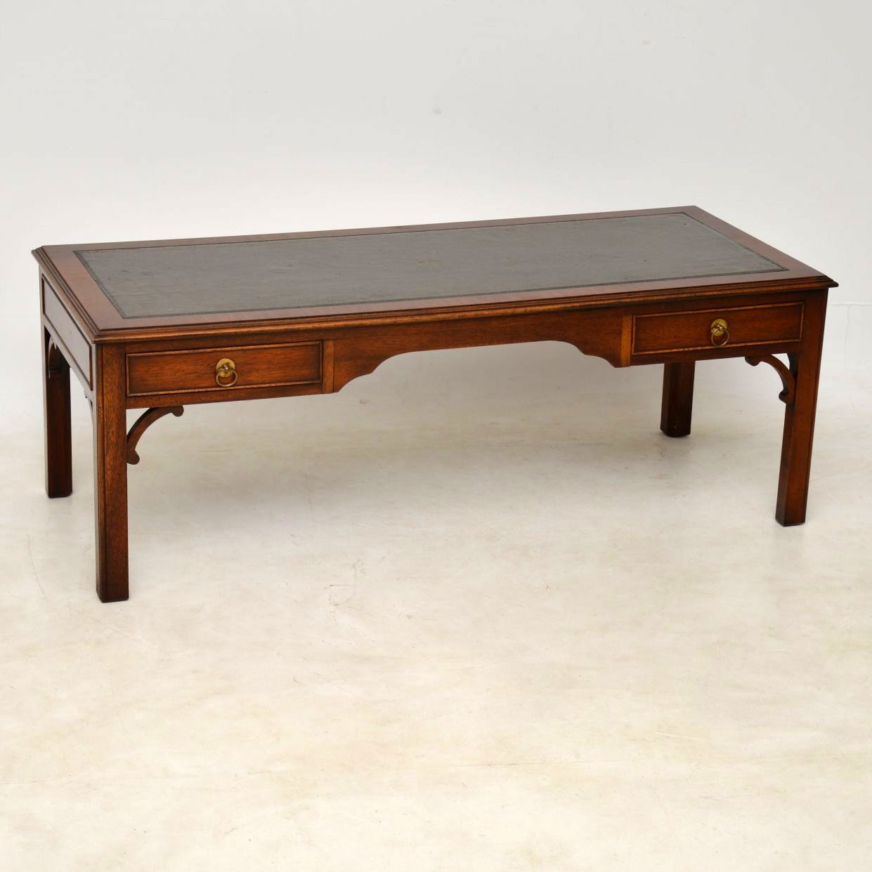 Large Antique Georgian Style Mahogany Leather Top Coffee Table