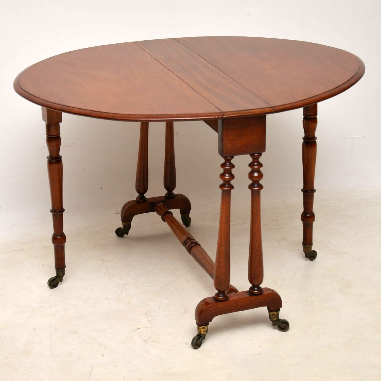 Antique Victorian Mahogany Drop Leaf Sutherland Table