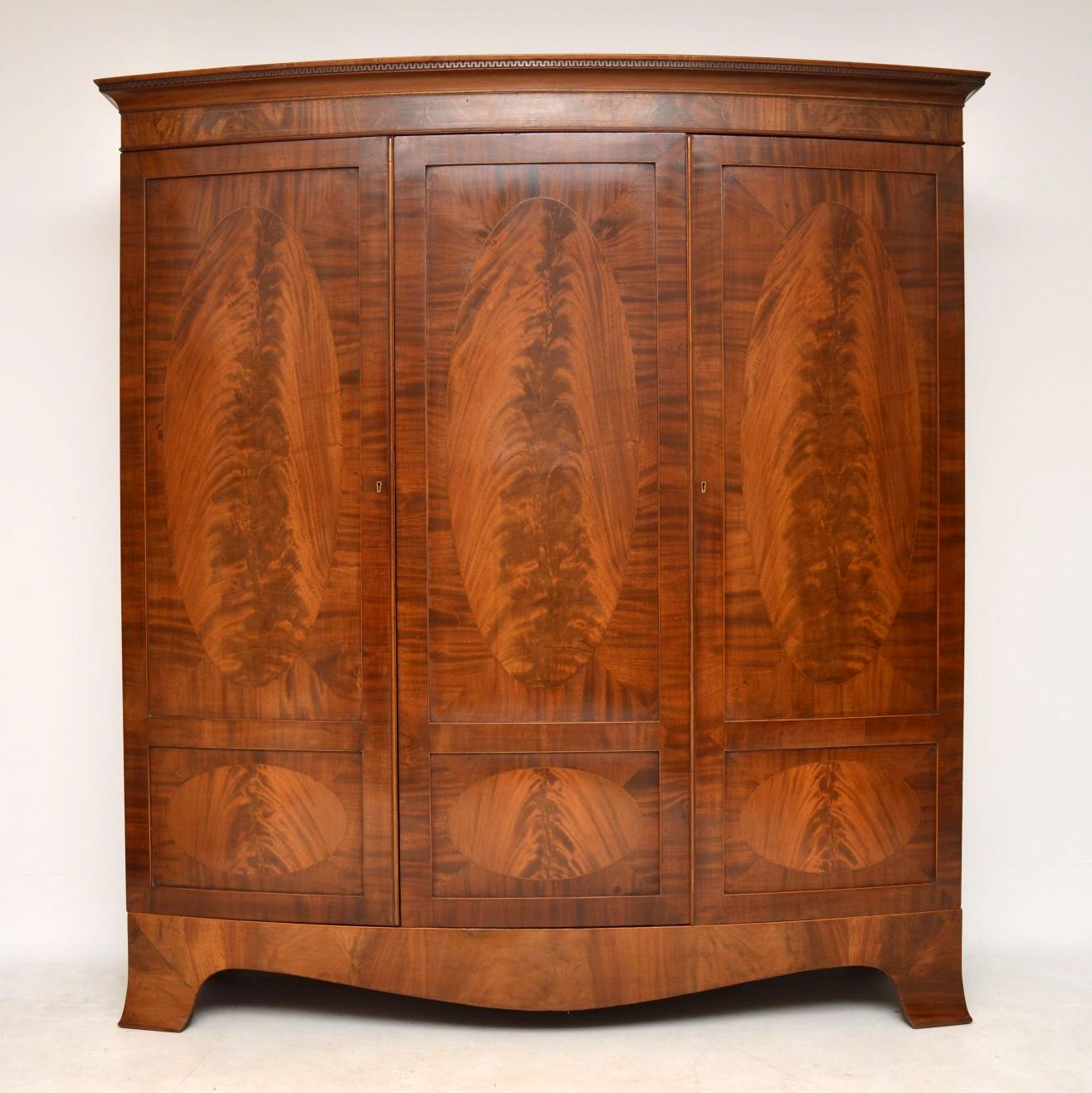 Large Antique Edwardian Inlaid Mahogany Wardrobe