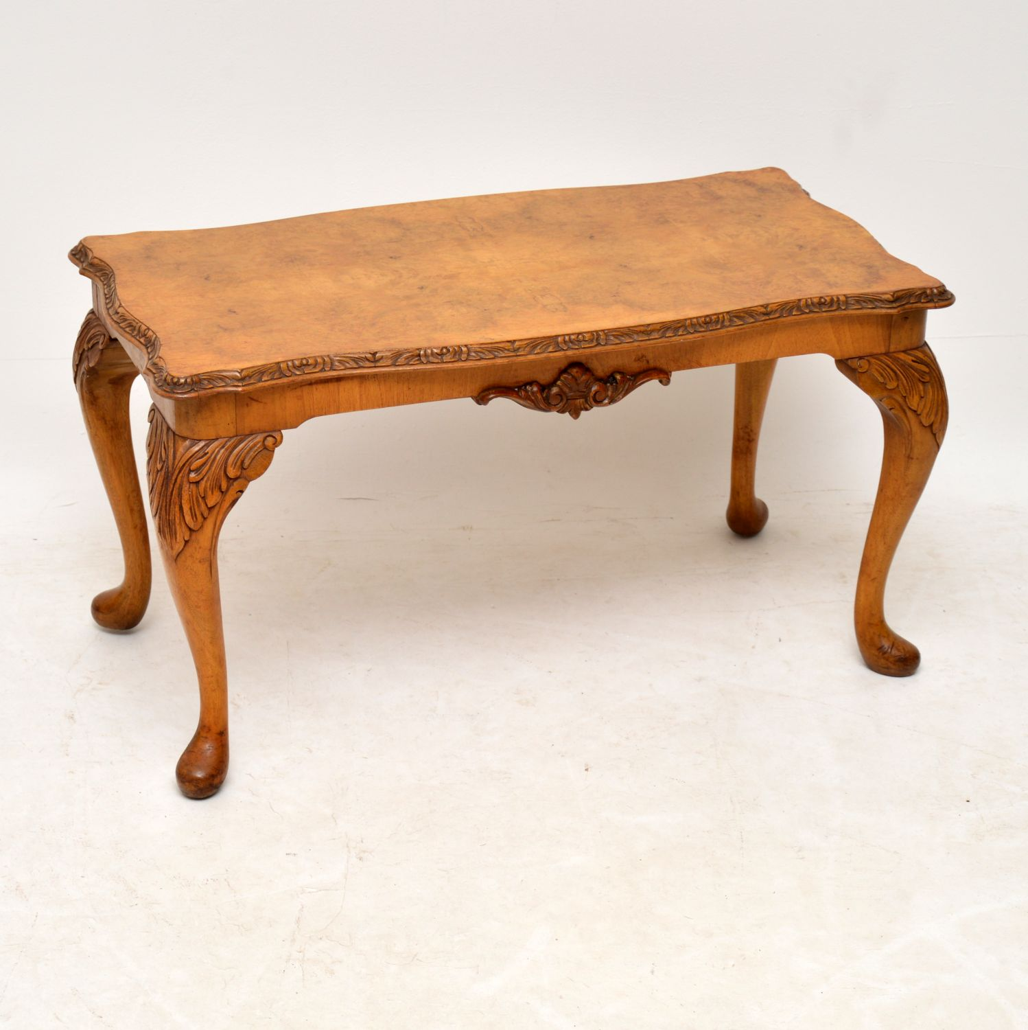 Antique Queen Anne Style Walnut Coffee Table