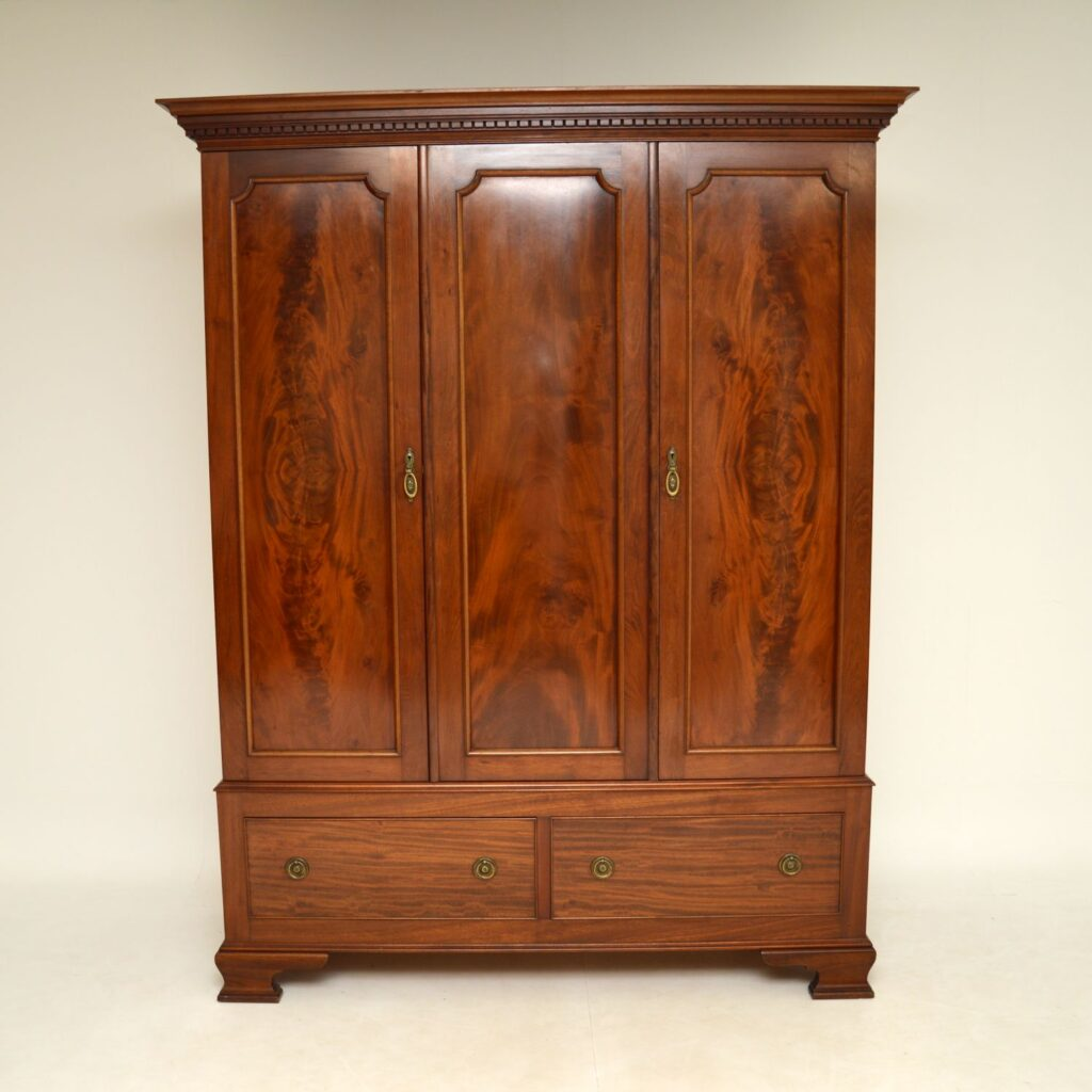 antique georgian mahogany wardrobe