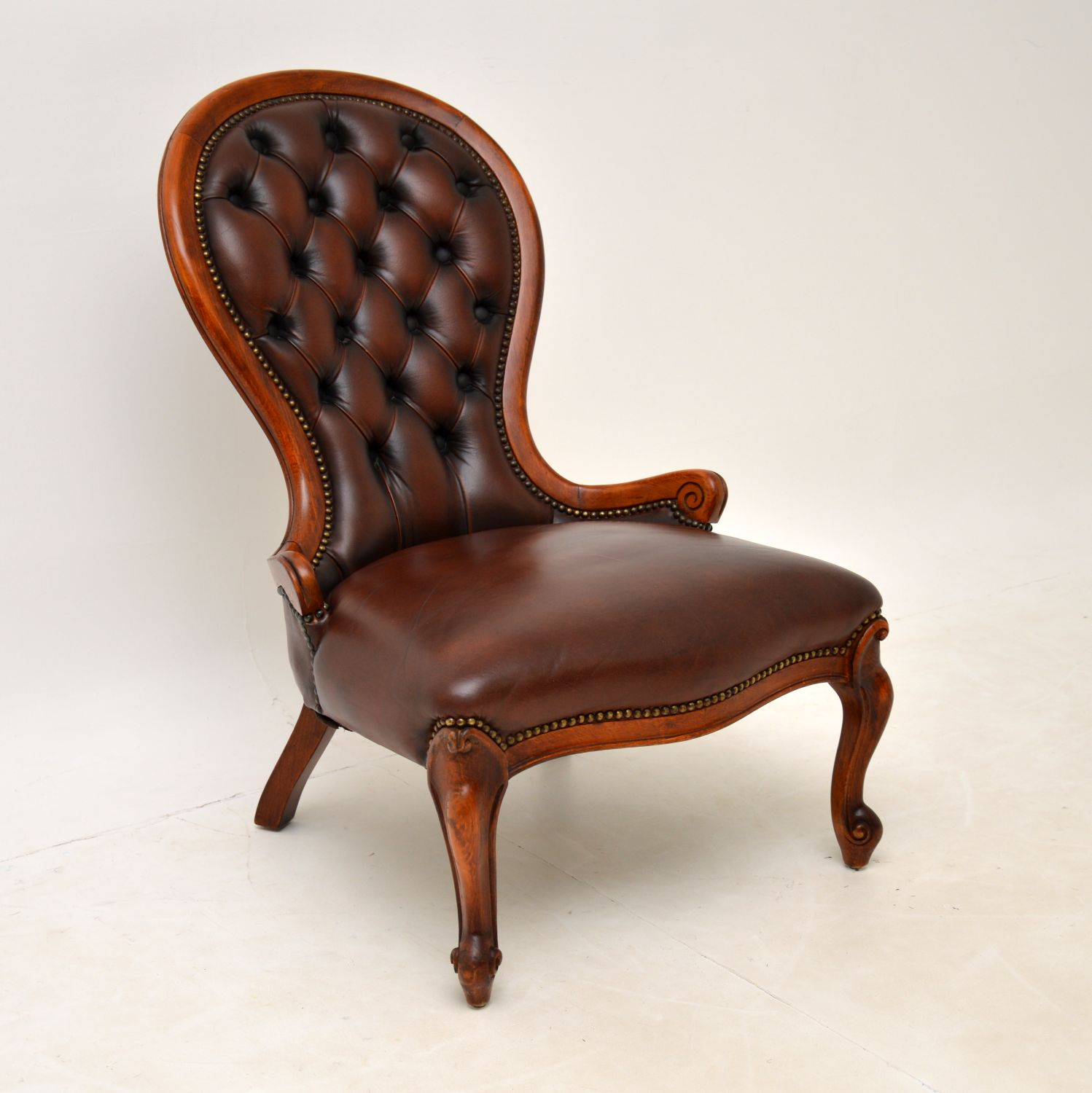 antique victorian spoon back mahogany leather armchair side chair