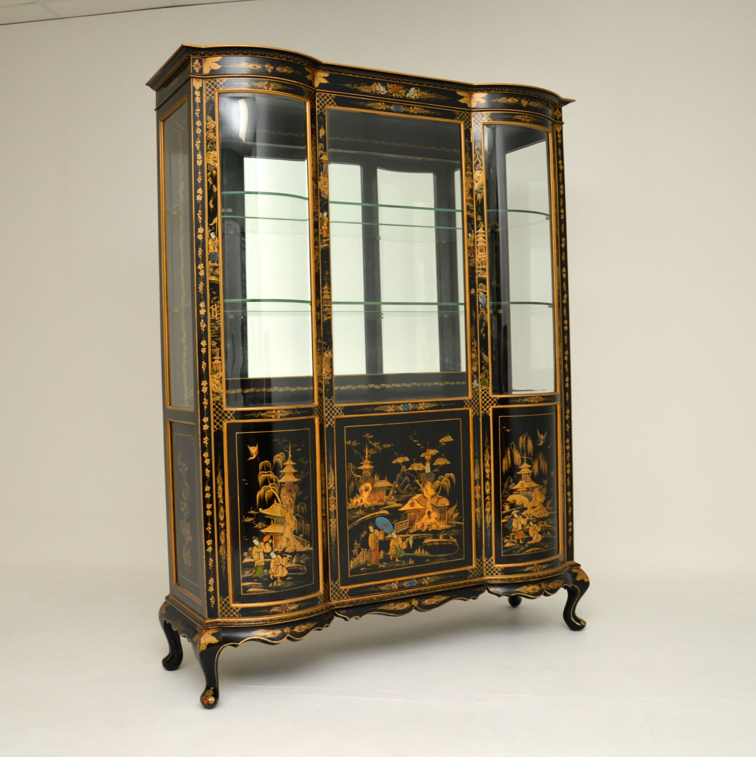 antique chinese chinoiserie lacquered hille display cabinet